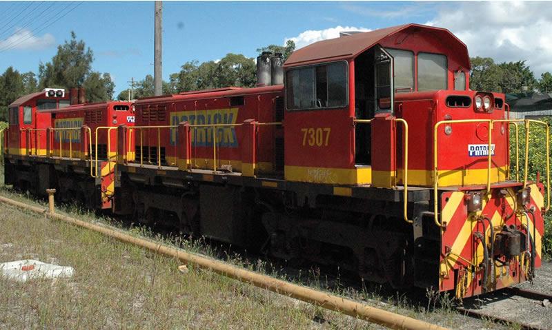 Locos 7307 and 7321 (Photo ©Steve Preston)