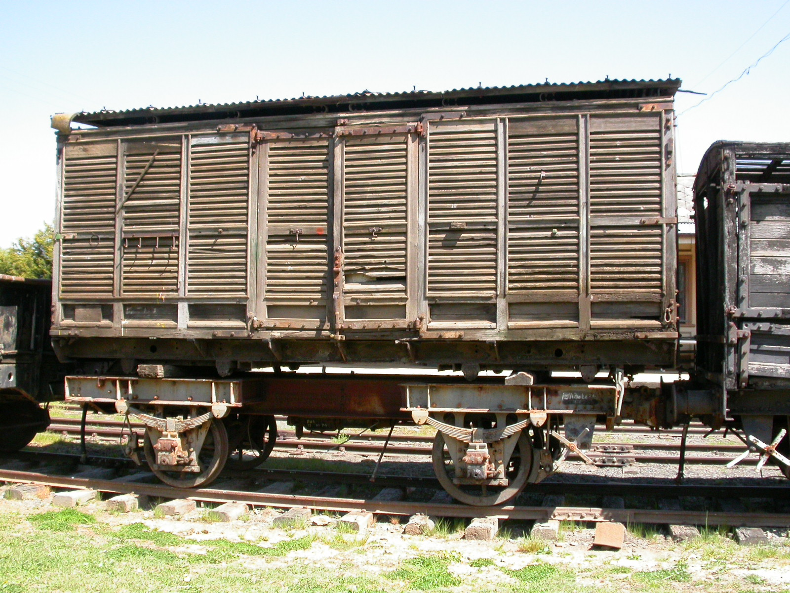 The wooden van body (code unknown) and the steel underframe (code unknown)